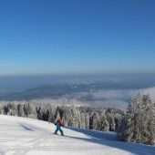 Skigebiete eröffnen die Wintersaison