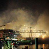 Entwarnung nach Brand in Chemiefabrik