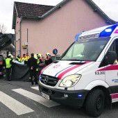 Radfahrerin von Lkw überfahren und getötet