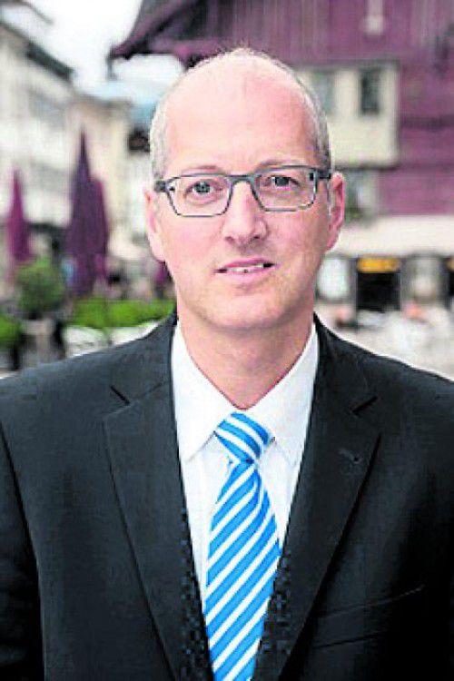 Dr. Gernot Klocker