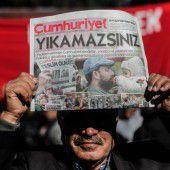 Cumhuriyet-Herausgeber verhaftet