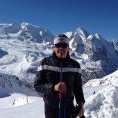 So mancher Hüttenwirt verwandelt sich im Winter in einen Skilehrer
