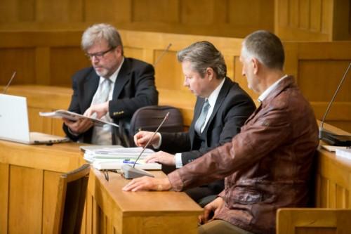 Meusburger (r.) bekam 30 Monate teilbedingte Haft. Steurer