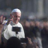 Papst: Bete viel und schlafe wie ein Stein