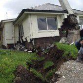 Enorme Zerstörung und Hunderte Nachbeben