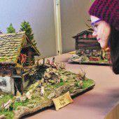 Krippenbauer zeigen ihre weihnachtlichen Kunstwerke