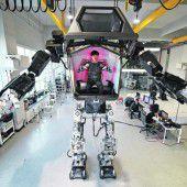 Premiere für Riesen-Roboter