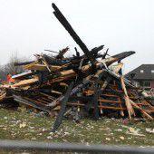 Ein Toter bei Explosion von Wohnhaus
