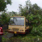 Aufräumarbeiten nach schwerem Tropensturm