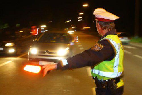 Die Polizei zog in Hohenems mehrere Autos und Mopeds aus dem Verkehr.