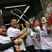 Lotterie in Spanien schüttet Milliarden aus