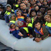 Bande schleuste 10.000 Menschen nach Europa