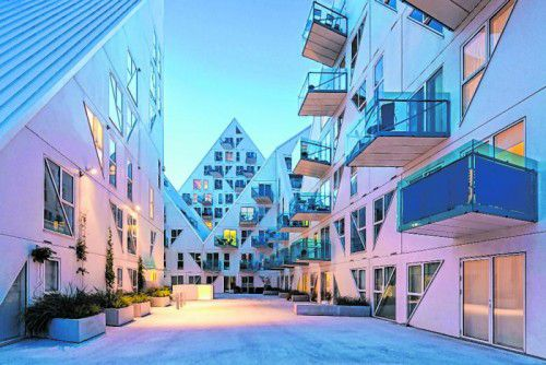 """""""Isbjerget"""" (Eisberg) – eine einzigartige architektonische Perle in Aarhus."""
