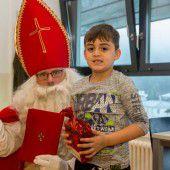 Gestern waren die Clowns da, heute kam der Nikolaus