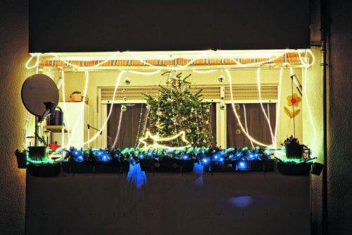 Weihnachtlicher Schmuck ist nicht jedermanns Sache, grundsätzlich aber erlaubt. Foto: Shutterstock