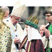 Sternsinger aus Dornbirn feiern Neujahrsgottesdienst mit Papst