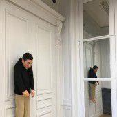 Cattelan erinnert in Paris an das KUB