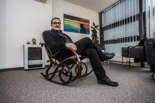 """Adnan Dincer zur Kritik: """"27 Personen haben eine außerordentliche Versammlung beantragt, von denen 21 Leute nicht einmal Parteimitglieder sind."""" VN/Steurer"""