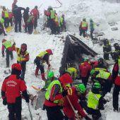 Rettungskräfte geben die Hoffnung nicht auf