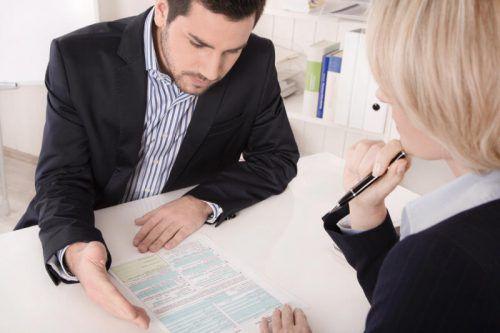 Auf das Mitarbeitergespräch sollte man sich unbedingt gut vorbereiten.