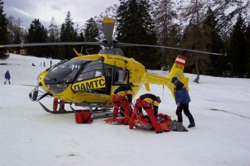 Der tödlich verletzte Vorarlberger wurde mit dem C- 8-Hubschrauber geborgen. Eine Obduktion soll die genaue Todesursache klären. VN