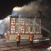 Nächtlicher Wohnhausbrand