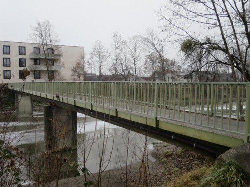 Die Rad- und Fußgängerbrücke über die Dornbirner Ache wird 2017 neu gebaut.  Foto: Hagen