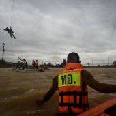 Überschwemmungen fordern 25 Todesopfer