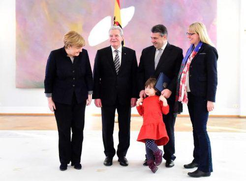 Gabriel brachte auch seine Tochter Marie mit ins Schloss Bellevue. AFP