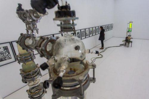 """Installation """"Sternenrotz"""" von Thomas Feuerstein in der Bludenzer Galerie allerArt. Foto: VN/Steurer"""