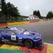 Ex-Formel-1-Pilot Christian Klien mit Stahl- und Sturzhelm unterwegs