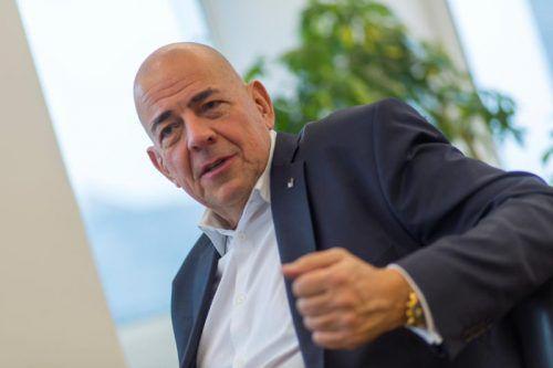 Ulrich Schumacher will vom Ex-Arbeitgeber über vier Millionen Euro. VN/paulitsch