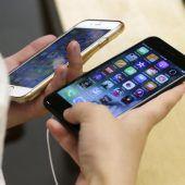 Mehr als vierzig Versuche, einen Handyvertrag abzuschließen