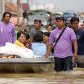 Tote und Krokodilalarm nach Hochwasser