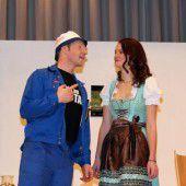 Theaterspaß, Musik und Tombola in Bildstein