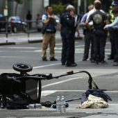 Amokfahrer rast in  Fußgänger: Vier Tote