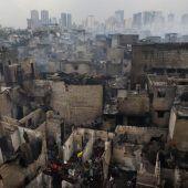 Großbrand in Elendsviertel