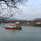 Donau-Tanker festgefahren