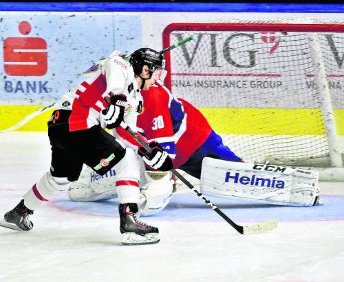 Der Penalty saß, Manuel Ganahl sicherte Österreich gegen Norwegen den Sieg. Foto: gepa