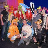 """<p class=""""caption"""">Die Besucher erschienen in ausgefallenen und liebevoll gestalteten Kostümen zum Motto """"unter Wasser"""". Fotos: BEK</p>"""