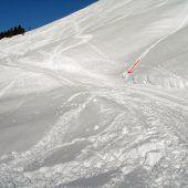 Skifahrer bei schwerem Sturz tödlich verletzt