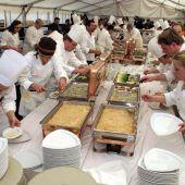Tourismus: 1500 Euro Mindestlohn fix