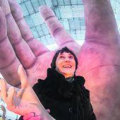 Die Hände für die Festspiel-Carmen auf dem See sind schon da
