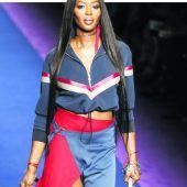 Lässiges Outfit von Versace