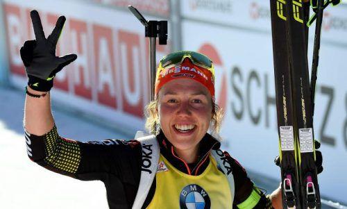 Laura Dahlmeier ist bislang die große Dominatorin bei der Biathlon-WM in Hochfilzen. Die Deutsche jubelt über ihre dritte Goldmedaille. Foto: afp