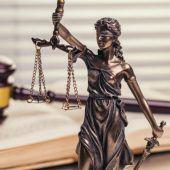 Kein Bürger ist vor dem Zugriff der Justiz gefeit
