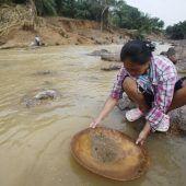 Goldene Entschädigung für Flutopfer in Thailand
