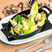 Köstlicher Chicorée-Birnen-Salat