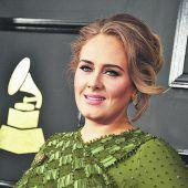 Adele bestätigt bei Konzert ihre Hochzeit