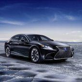 Lexus-Flaggschiff ganz auf Effizienz getrimmt